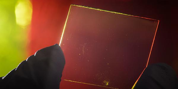 Os painéis solares transparentes são a tecnologia do futuro