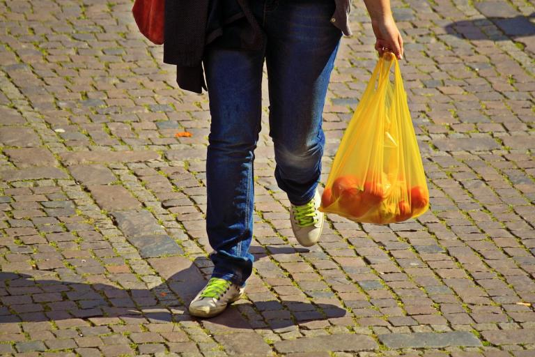 Saiba como as empresas estão reduzindo o uso de plástico